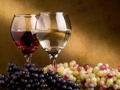 imagenes de adornos de mesas ano nuevo   Banco de Imágenes Gratis: Copas con vino blanco y vino tinto ...