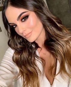 glam makeup – Hair and beauty tips, tricks and tutorials Night Makeup, Day Makeup, Bride Makeup, Wedding Makeup, Glam Makeup Look, Bridal Makeup Looks, Make Up Looks, Beauty Make-up, Hair Beauty