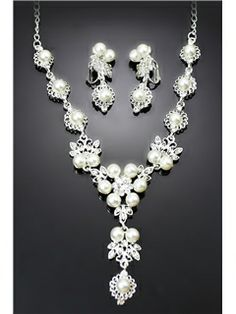 Glamorous Alloy with Rhinestone and Pearl Wedding Jewelry Set(Including Necklace and Earrings)