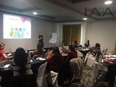 Sesionando curso de Diseño y Decoración de Eventos Sociales en Queretaro!