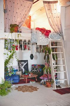 A Gallery of Bohemian Bedrooms Perfect for a small room for reading and relaxing! Especially if it had a skylight or a large window The post A Gallery of Bohemian Bedrooms appeared first on Design Ideas. Bohemian Bedrooms, Bohemian Interior, Eclectic Bedrooms, Bohemian Room, Bohemian Homes, Modern Bedroom, Bohemian Kids, Hippie Bohemian, Gypsy Room