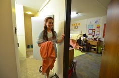 Kirby Smith has suite-style bathrooms. This means that the bathroom is shared by two rooms (a total of four students). Student Room, Shared Rooms, Bathroom Styling, Lsu, Dorm Decorations, Entry Doors, Bathrooms, Students, College