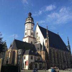 Die Thomaskirche am sonnigen Morgen  #Leipzig  # Bach #church #Kirche #architecture #Architektur