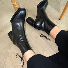 black leather. square ribbon boots . . #ReikeNen #레이크넨