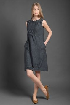 Pure linen dress dark gray dress for summer woman dresses for summer midi dress linen clothing linen clothes summer fashion organic EUR) by HomeOfNature -LINEN DRESS Dark grey linen dress from specially-washed, shrink-resistant linen fabric. Dress For Summer, Summer Dresses, Linen Dresses, Cotton Dresses, Beauty And Fashion, Womens Fashion, Mode Ab 50, Mode Style, Simple Dresses