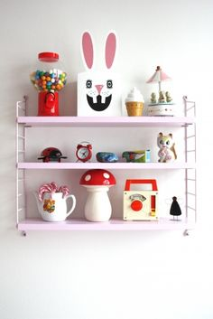 way to show your retro kitsch finds in a modern white interior fun for new year stringhyllor <3