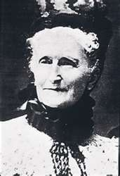 Mrs. P.F. Albee, the very first AVON Lady!