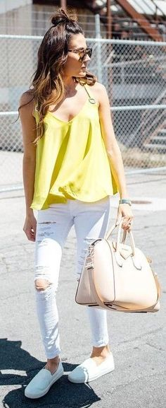 Yellow Tank Top + White Ripped Jeans Source