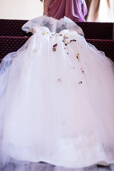 Girls Dresses, Flower Girl Dresses, Wedding Details, Tulle, Wedding Dresses, Skirts, Photography, Fashion, Dios
