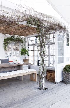 Great outdoor deck space with a vine-covered pergola and minimalist dining table with simple benches. Outdoor Rooms, Outdoor Dining, Outdoor Gardens, Outdoor Decor, Rustic Outdoor, Dining Table, Outdoor Patios, Outdoor Kitchens, Dining Room