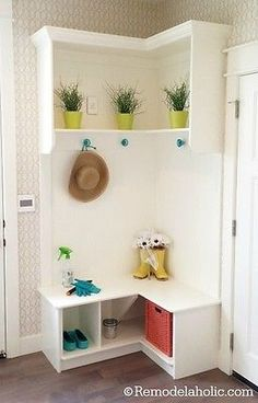 Like it would ever stay this clean & photogenic! Lol A corner cubby bench makes the most of a small space. (image: Remodelaholic)