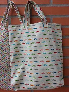 Tote bag estampada por KikiyaLab en Etsy