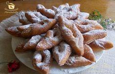 Reteta minciunele, cirighele,pancove,etc. Romanian Desserts, Romanian Food, Romanian Recipes, Sweets Cake, Cookie Recipes, Foodies, Sweet Tooth, Sweet Treats, Food And Drink