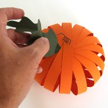 Halloween craft - paper pumpkins