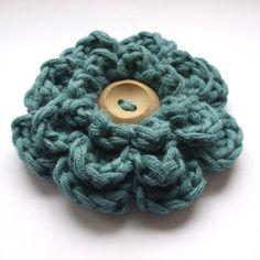 Frothy flower crochet pattern