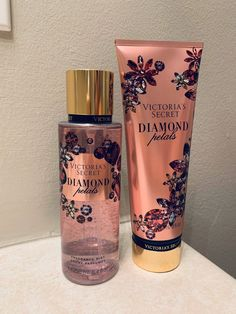 Diamond Petals Set on Mercari - personal care - perfume Bath And Body Works Perfume, Bath N Body Works, Perfume Body Spray, Loción Victoria Secret, Victoria Secret Body Spray, Victoria Secret Fragrances, Victoria Secret Perfume, Parfum Victoria's Secret, Beauty Care