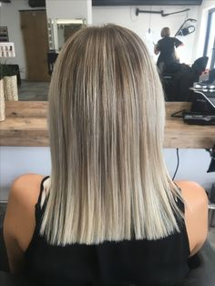 Coolblonde #blonde #highlights #headz #haircolor #hairdresser #hairstyle #fashion