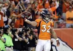 Broncos fullback scores touchdown on the first carry of his NFL career