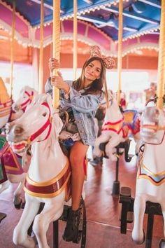 58 best Ideas travel outfit summer florida disney worlds Disneyland Photography, Disneyland Photos, Girl Photography, Travel Photography, Carnival Photography, Canon Photography, Digital Photography, Photography Ideas, Disney Poses