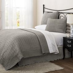 Special Edition by Lush Decor Crinkle 3 Piece Solid Quilt Set