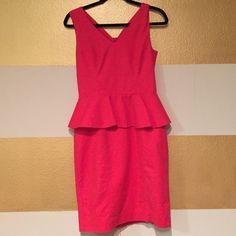 H&M Red Peplum Dress Stunning Red Peplum Dress. Well fitting, Modest v neck, golden zipper, pencil skirt style, knee length. Worn only once, in perfect condition. Make an offer❤️ H&M Dresses Midi