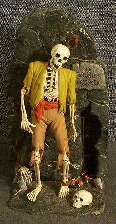 Models - The Forgotten Prisoner - Mustard Shirt Vintage Models, Old Models, Halloween Photos, Vintage Halloween, Retro Toys, Vintage Toys, Lugosi Dracula, Horror Themes, Monster Toys
