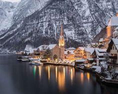 Os mais bonitos vilarejos de montanha têm paisagens deslumbrantes. Picos nevados, perfume de pinheir... - Denis Pepin / Shutterstock.com