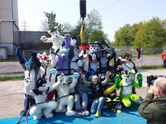Thank you very very much everyone for this amazing day! Special thanks to Bungee Action and all the jumpers and all the helpers with photos and videos. Stuff will be ready soon :3 #FBW2 Photo by Lionsnake the jumpers from left to right top to bottom: Dukefawks at the top Spot Swip Keenora Arco Fluffypaw Lightning Happy Shadow Sheppy Griegfox Fangz Lumo Kana Khajik WereFox Aries. Not on the group photo but also jumped in suit were Nighthawk and Eridian