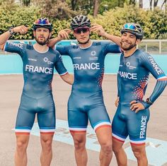 Hot Country Men, Men In Tight Pants, Hot Rugby Players, Cycling Suit, Hot Men Bodies, Gym Outfit Men, Lycra Men, Gym Tank Tops, Hommes Sexy