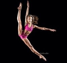 The style of dance I'm mostly like is contemporary. It explains a lot because I really love that style of dance lol