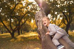Nechajte deti loziť po stromoch, budú odolnejšie i šťastnejšie! Couple Photos, Couples, Couple Shots, Couple Photography, Couple, Couple Pictures