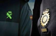 Todos Policías: Policía Nacional y Guardia Civil apuestan por segu... National Police, Brooch, Law Enforcement, Jewelry, Spain, Blue, Jewlery, Jewerly, Brooches