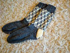 Satunnaisesti puikoilla: Kolmiulotteiset sukat, osa 2