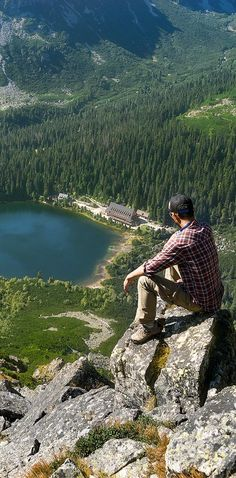 Travel Photo of the Day - A lake in the High Tatras. High Tatras, Hiking Europe, Top Destinations, Travel Photos, Travel Ideas, Day Hike, Landscape Photos, Trekking, Adventure Travel