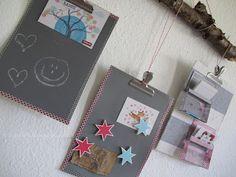 Memoboard aus Papprückseiten vom Zeichenblock, Ast und Kassettenhüllen