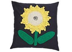 coussin fleur en crochet