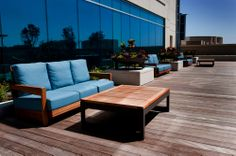 Houten terrassen staan vaak bloot aan UV straling. Het hout kan hierdoor lelijk worden en uitdrogen.