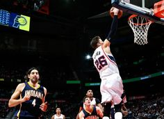 Kyle Korver dunks for the first time in almost two years against the Indiana Pacers. (January 21, 2015 | Indiana Pacers @ Atlanta Hawks | Philips Arena in Atlanta, Georgia)