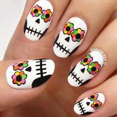 inspiring nail arts cali nails Nail skull nail art clear nails plus grey acrylic nails Nail Art Halloween, Halloween Nail Designs, Holiday Nail Art, Halloween Ideas, Funny Halloween, Halloween Costumes, Sugar Skull Nails, Skull Nail Art, Sugar Skulls
