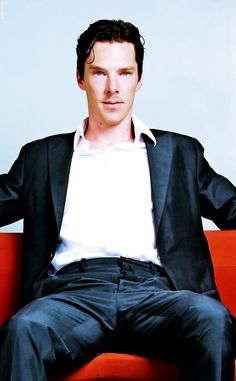 Benedict Cumberbatch sitting like a whore