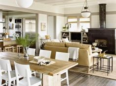 Classic Style: Summer beach house interior