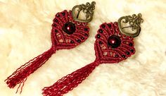 micro-macrame tutorial for heartshaped earrings with tassel