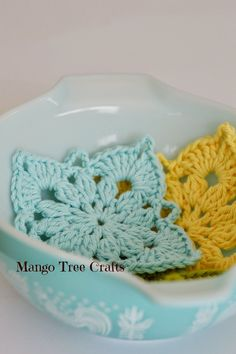 Mango Tree Crafts: Crochet Square Pattern and Photo Tutorial  ༺✿Teresa Restegui http://www.pinterest.com/teretegui/✿༻
