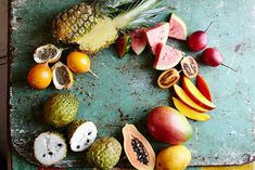 This wonderful world of tropical fruits Jamie Oliver Features is a good for our Breakfast made with wholesome ingredients! Beer Recipes, Raw Food Recipes, Jamie Oliver Kitchen, Types Of Fruit, Philippines Food, Tropical Fruits, Exotic Fruit, Delicious Fruit, Delicious Recipes