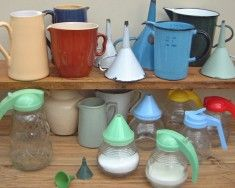 Pouring, sieving & straining - The Vintage Kitchen Store