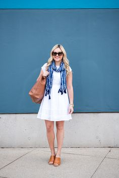 Six Ways to Wear a Scarf this Spring & Summer #OldNavyStyle @OldNavy