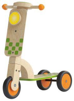patinete madera natural y verde para niños. juguete de madera