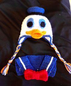 Donald Duck crochet hat