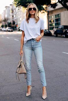 Jeans and heels outfit Jeans and heels outfit Outfit Jeans, Heels Outfits, Jean Outfits, Casual Outfits, Casual Heels Outfit, Jeans Outfit For Work, Look Fashion, Fashion Outfits, Womens Fashion