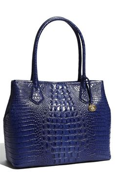 I love this Cobalt blue and how shiny this bag is- other than my wristlet I am swearing off black purses forever